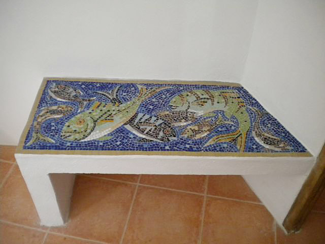 Bathroom Bench  (Spain)
